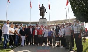 Başkan Kaçar Akhisar'daki kutlamalara katıldı